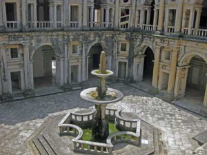 convento water feature Tomar